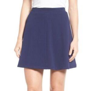Draper James Solid Nassau Mini Skirt Size S Navy